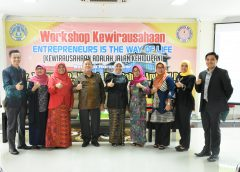 Fakultas Pariwisata dan Perhotelan adakan Workshop Kewirausahaan dan Coaching Clinic