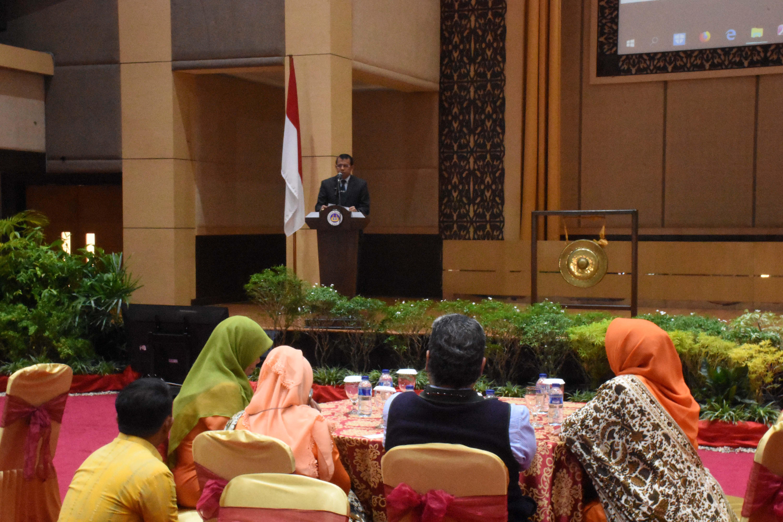 Sambutan Rektok UNP Prof. Ganefri