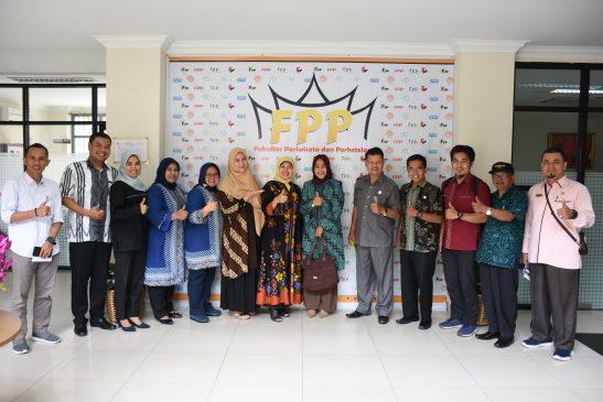 Pertemuan dengan Kadis Perindustrian Pemko Payakumbuh terkait tindakan lanjut School of Rendang